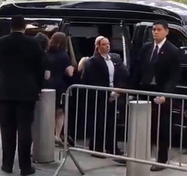 hillary-clinton-faints-collapses-at-the-9_11-memorial-real-video-01